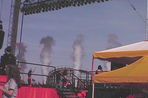 concert stage with cryo co2 jets blasts